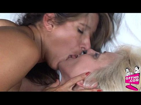 Lesbian Fun 461