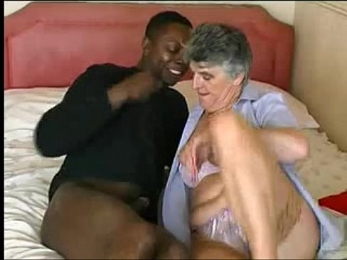 584060 Granny Interracial