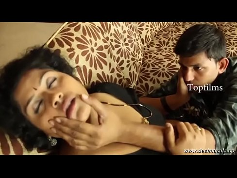 Desimasala.co – Fat Aunty Huge Boob Show And Groping Romance With Young Guy